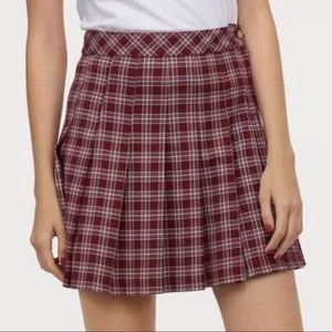H&M Pleated Schoolgirl Skirt